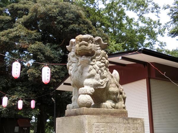 松が丘北野神社の右の狛犬