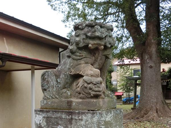 屋敷分浅間神社の狛犬