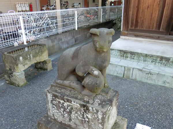 """""""矢野口稲荷神社の狐"""