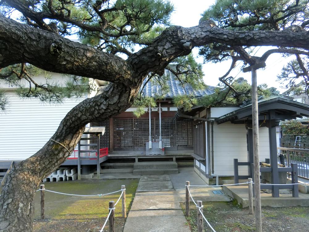 菅八雲神社の紹介