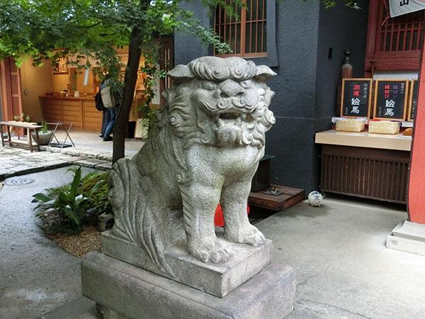 陽運寺の狛犬