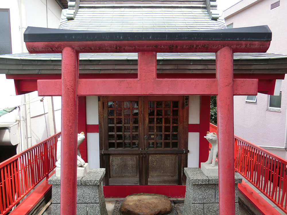 狛江にある穴守稲荷分神社の紹介