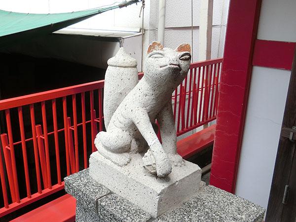 穴守稲荷分神社の狐