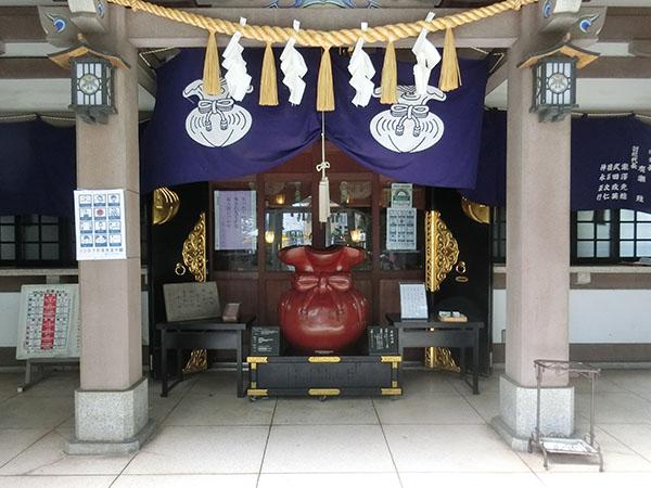 雑司が谷大鳥神社の神紋である袋紋
