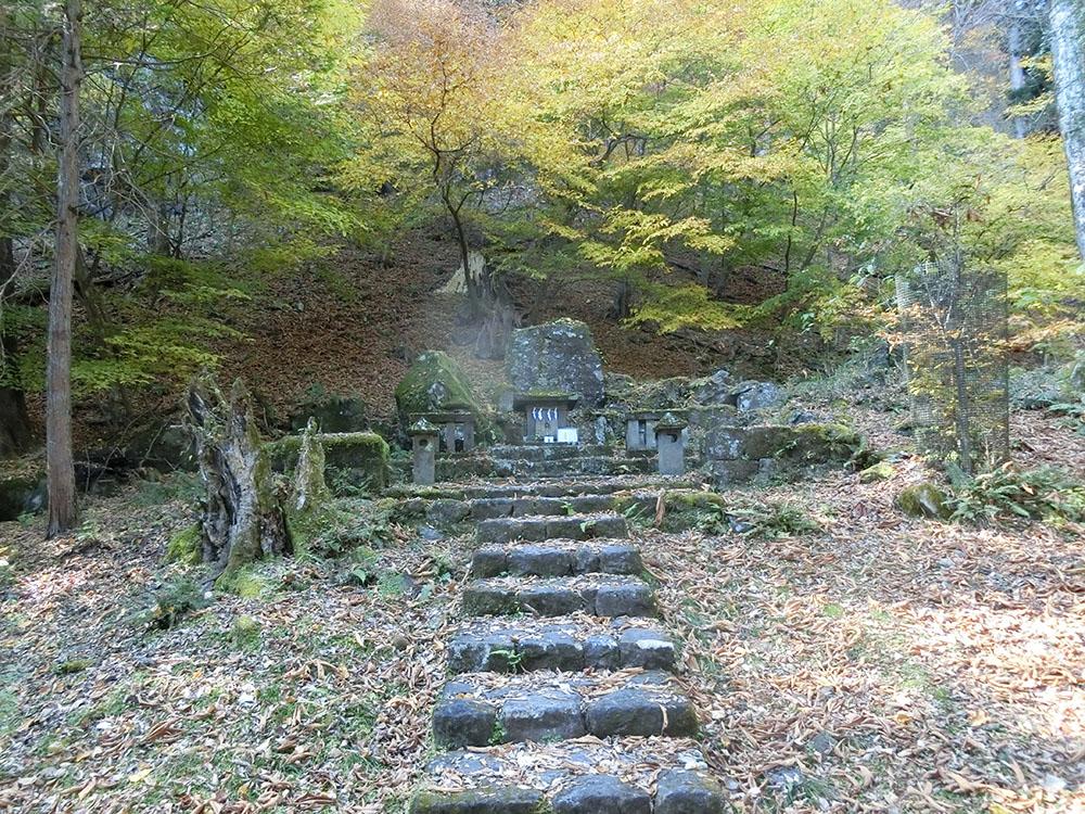日光山内にある北野神社の紹介