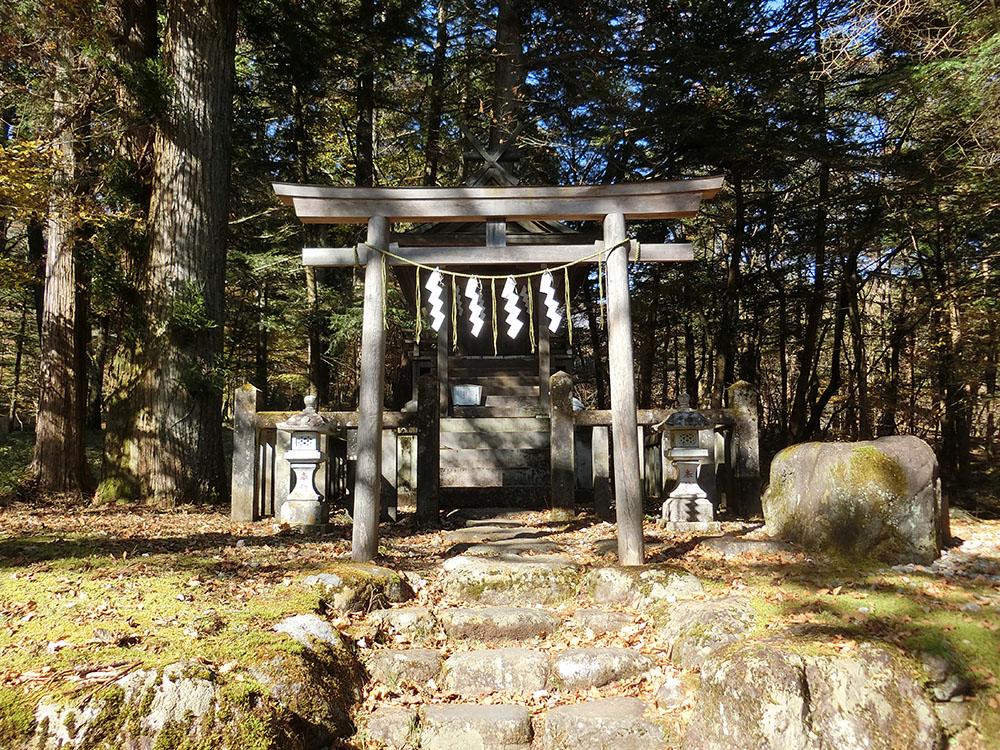 滝尾高徳水神社の紹介