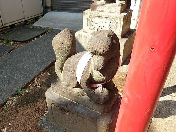 田中稲荷神社の神狐