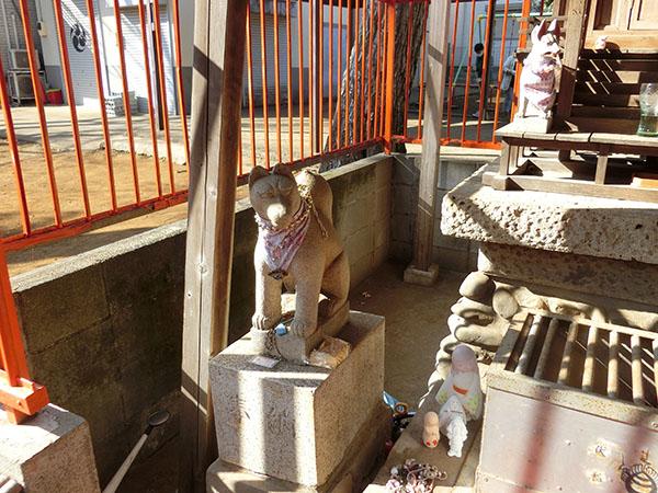 打越天神北野神社の神狐