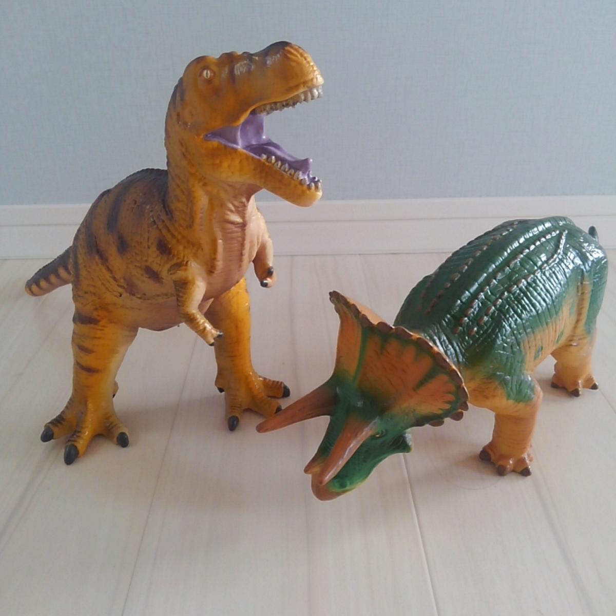 国立科学博物館 恐竜 ビニールモデル