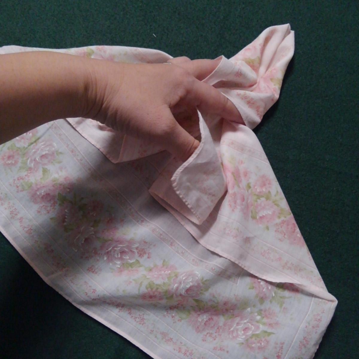 ハンカチ遊び ハンカチ折り紙 ハンカチの指人形