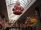 クリスロードでクリスマスの飾りつけ