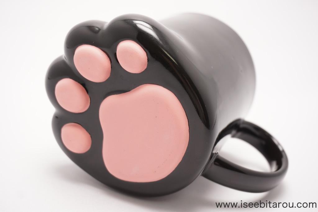 猫の足のマグカップ「肉球マグ」