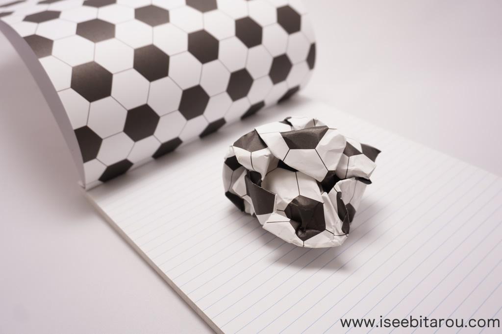 サッカーボールになるノート