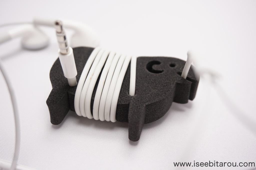 羊のかわいいケーブルホルダー