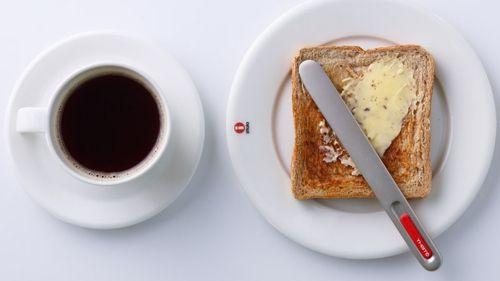 熱伝導バターナイフ