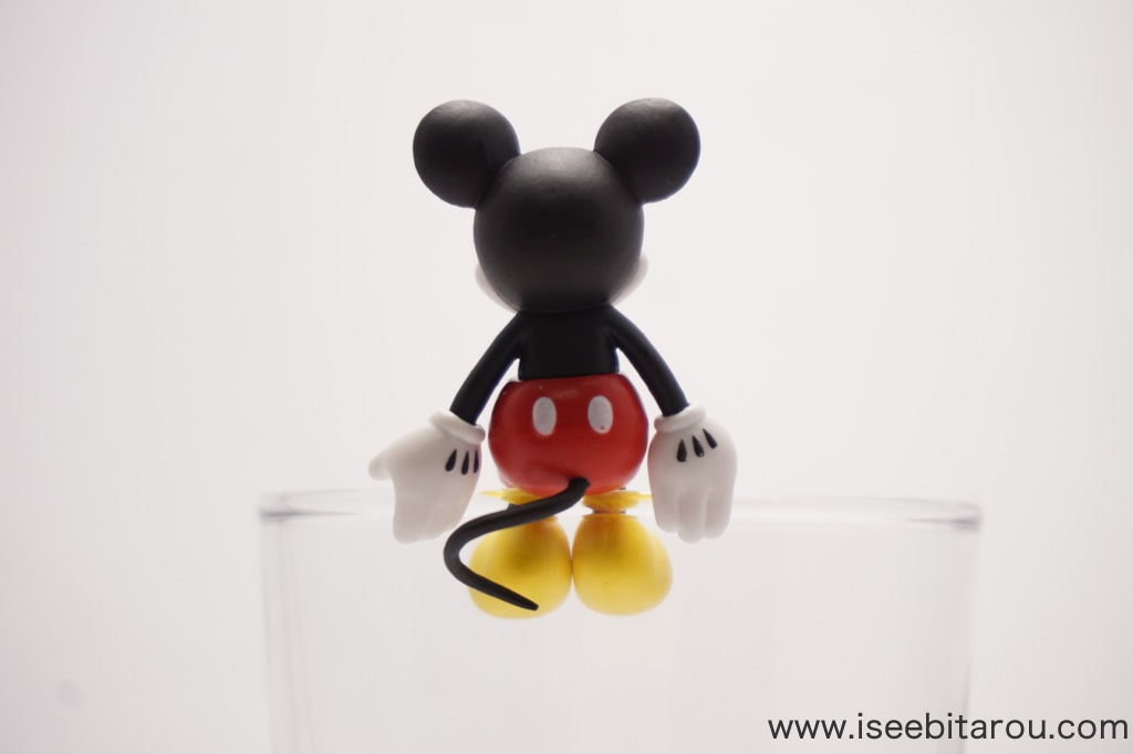 ミッキーマウスのコップのフチ子