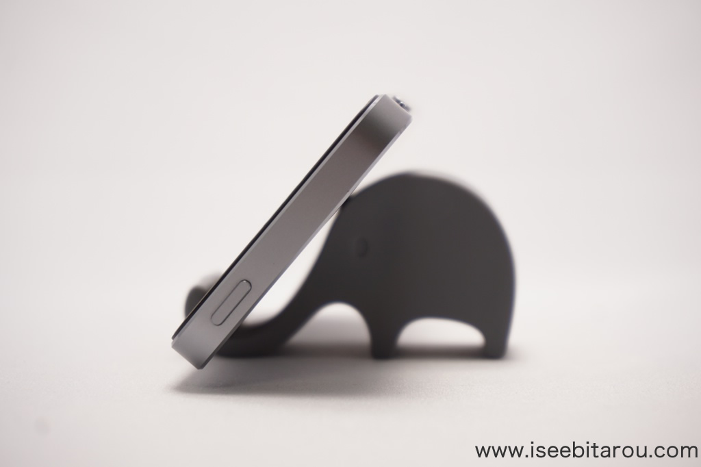 可愛い象のiPhoneスタンド