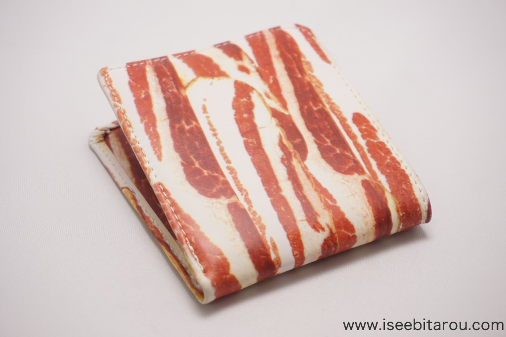 ベーコンデザインの財布