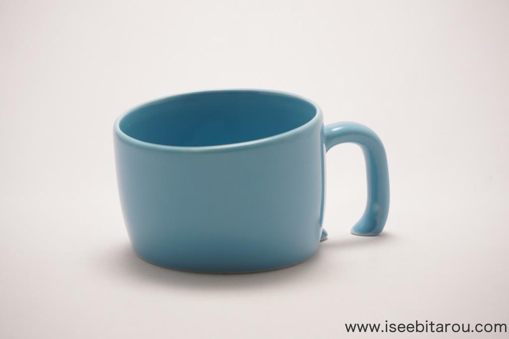 沈むマグカップ