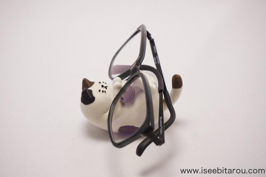 かわいい猫の眼鏡ホルダー
