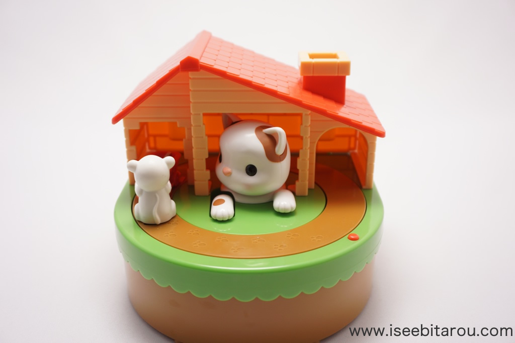 猫とネズミの貯金箱