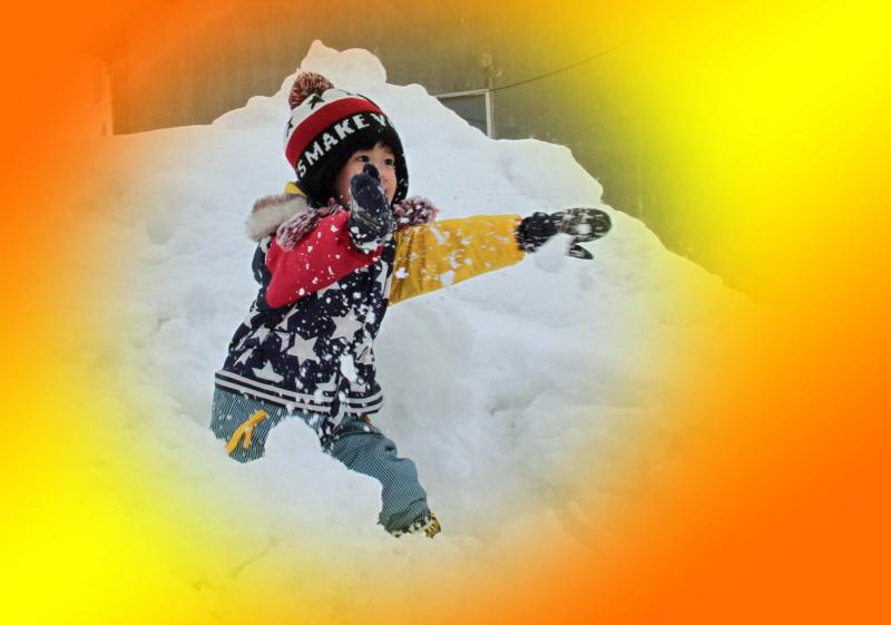 子供は雪が大好き