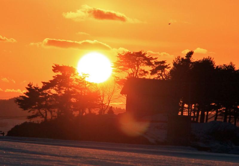 お堂の夕陽