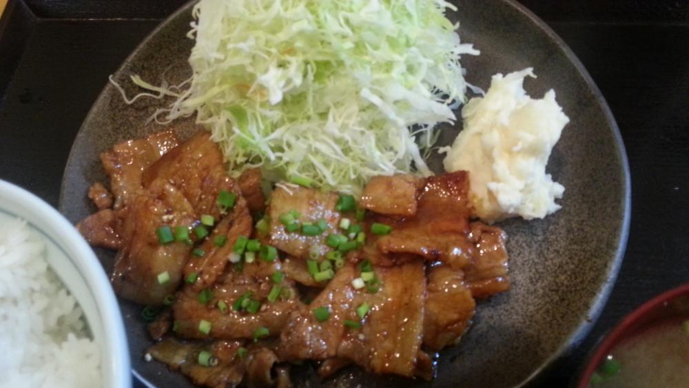 豚丼白樺の豚バラ定食肉アップの写真