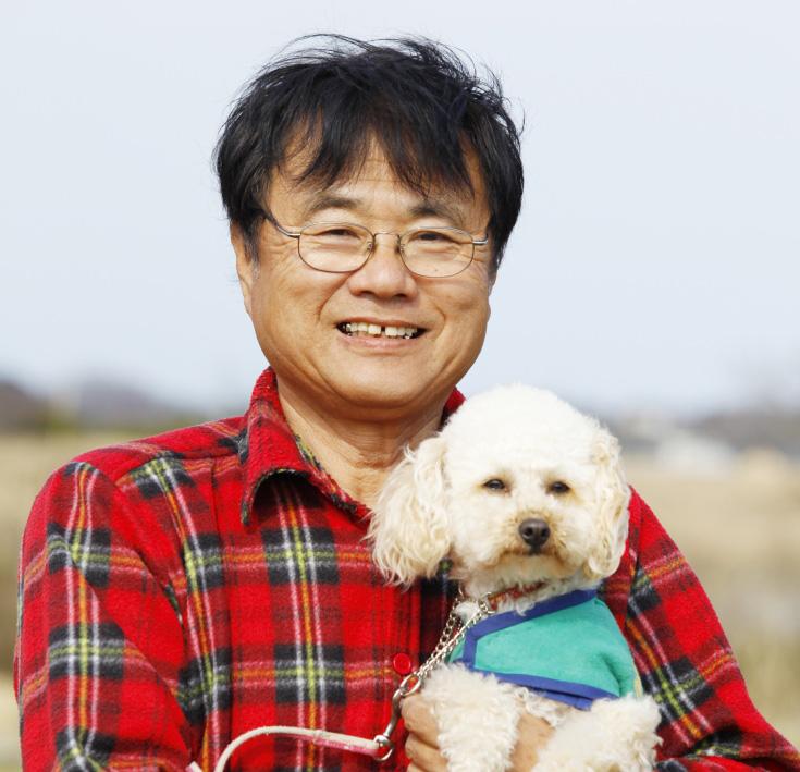 鈴木博房さんと警察犬アンズ