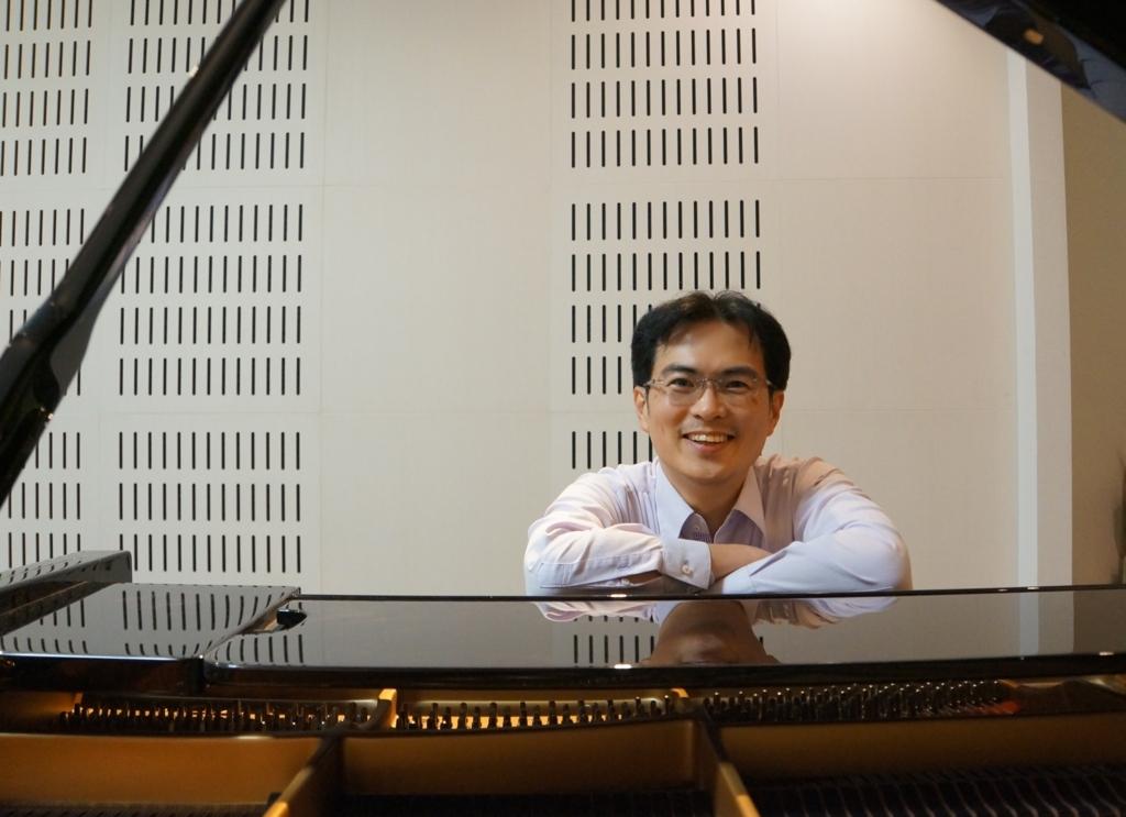 西村英士さんピアノ