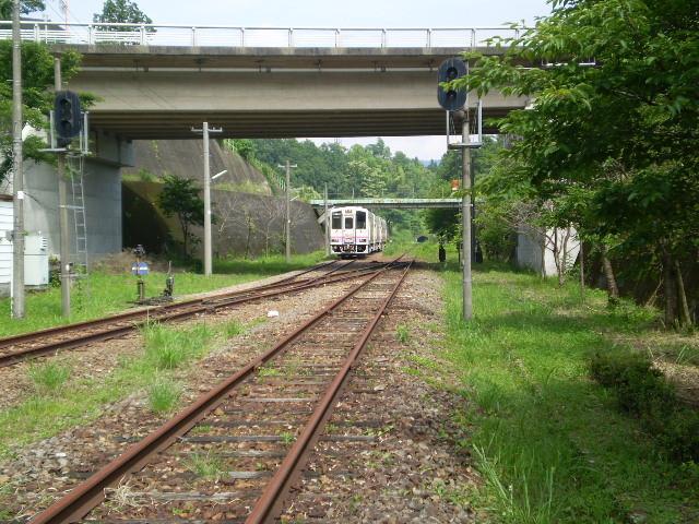 高千穂駅構内に たたずむ 車両
