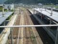 [鉄道]篠山口 橋上 駅舎から 福知山 方面の 線路を みおろす