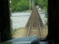 P5040120|崎平駅(さきだいらえき)を すぎ ふたつめの 鉄橋