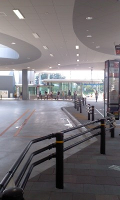 110710 14:21 徳重駅 バス ターミナル 01