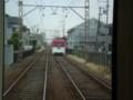 110820 80 13:06 船尾-石津間で あかしろ 電車と すれちがい