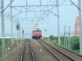 110828 09 10:14 境川 てまえで さがり 電車と すれちがい
