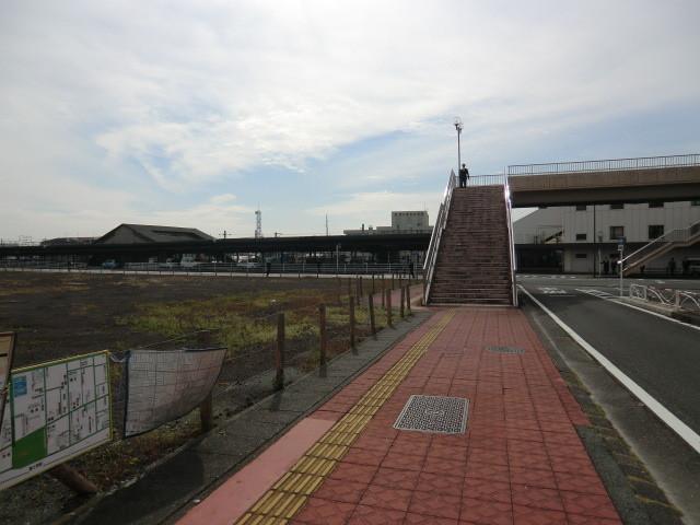 111105 10:53 富士宮 むかしの こ線橋