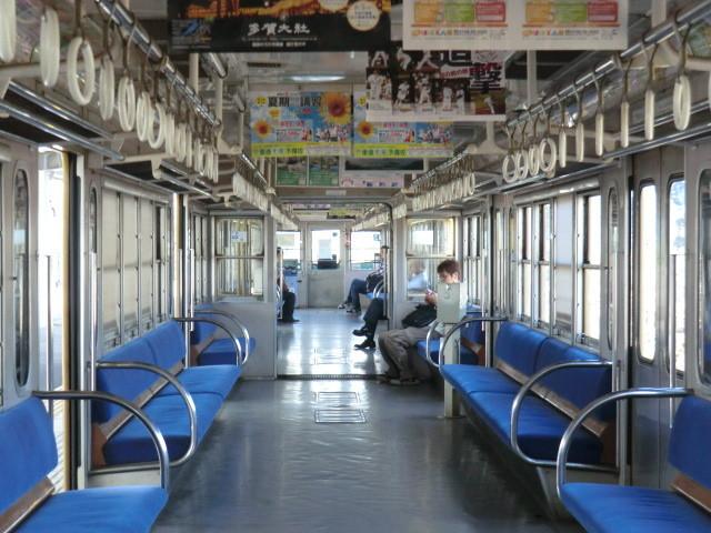 120704 近江鉄道 (8) 9:33 米原 多賀大社前 いき 電車の なか