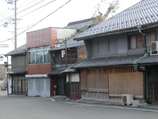 130225 美濃赤坂 (38) 13:43 赤坂宿 よつつじ 東南 かど