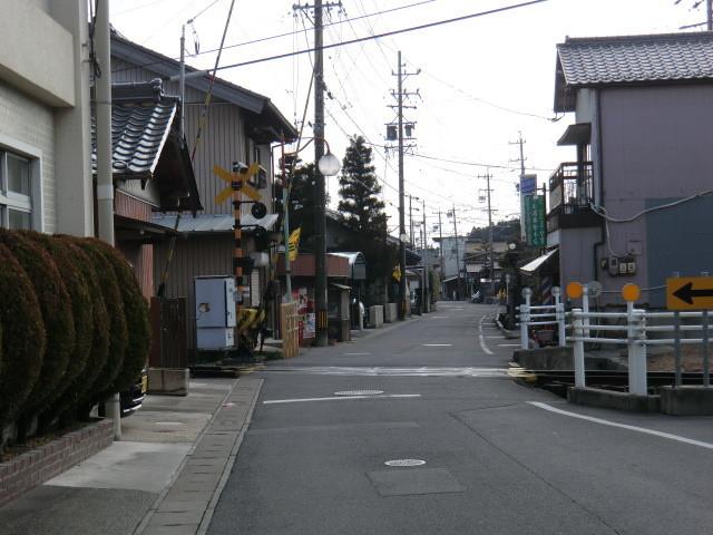 130225 美濃赤坂 (41) 13:49 赤坂宿 谷汲街道 貨物線 ふみきり