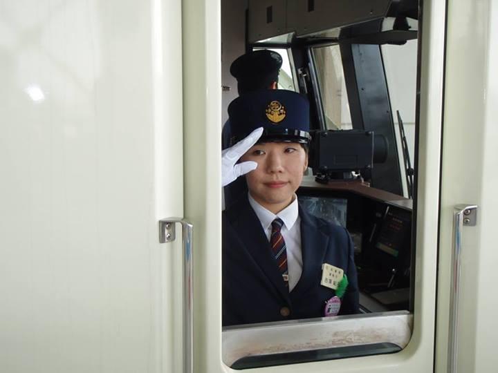 仙台地下鉄 運転士 吉沢紀子さん (フェースブック 2013.5.17)