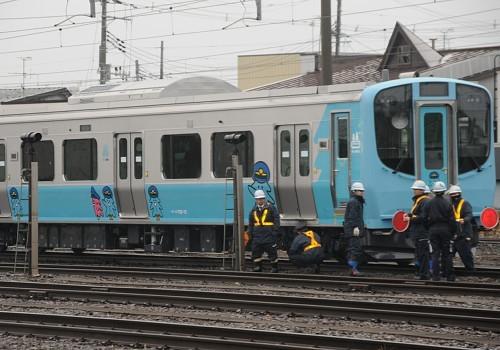 青い森703系 (まいにち 2013.11.28)