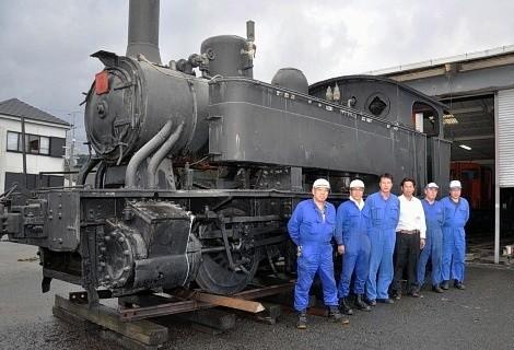 鹿児島交通加世田ステーションにある蒸気機関車(南日本新聞社)