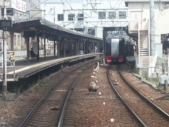 20140428 13.51.25 豊橋いき急行 - 東岡崎に到着