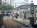 豊橋の路面電車 - 終点の駅前に到着