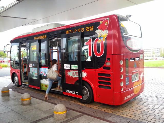 20140902 17.44.12 安城更生病院 - 循環線バス