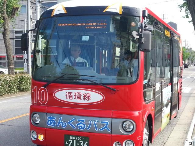20140903 08.14.40 市役所前 - 循環線バス