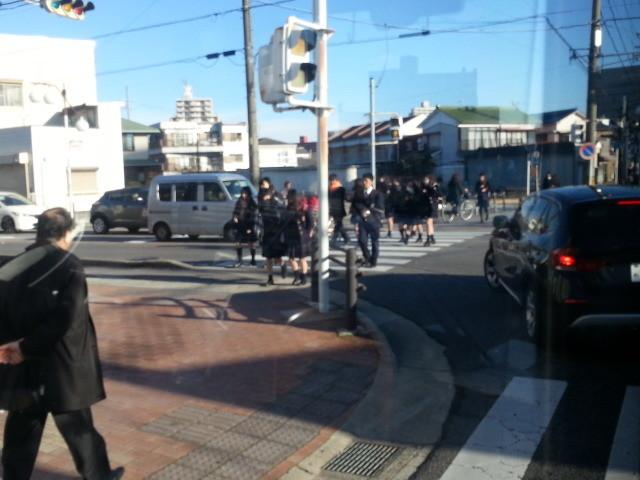 20150219_081210 名鉄バス - 末広町交差点