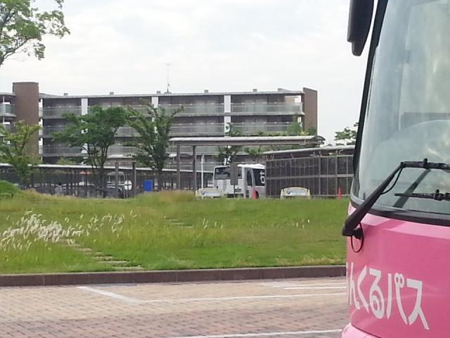 20150525_074710 更生病院 - 桜井線バスとみぎまわり循環線バス