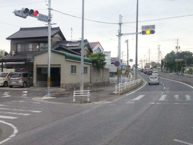 20150601_075026 安祥線バス - 上条町千度交差点